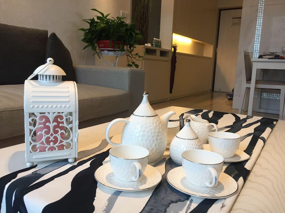 港式高端轻奢茶具,配上一壶茶芬芳满屋