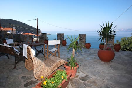MILOS STUDIOS Next to the Venetian Castle Skopelos - Skopelos - 公寓