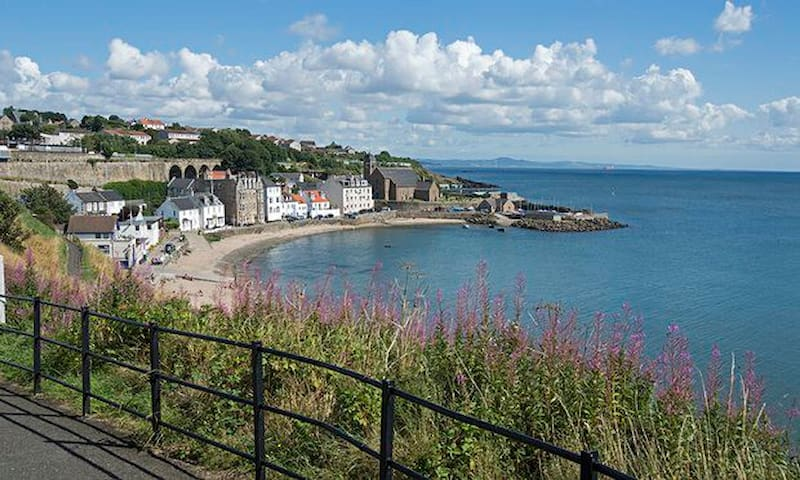 Seaside Views across Firth of Forth & Edinburgh - Kinghorn - Appartement