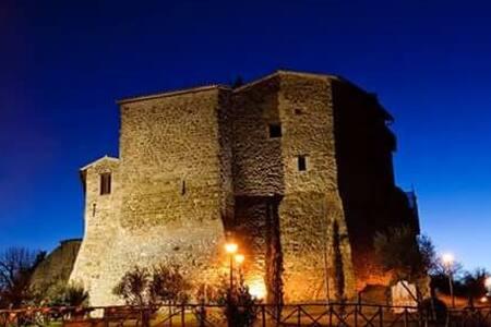Grazioso spazio nel borgo medievale - Cannara