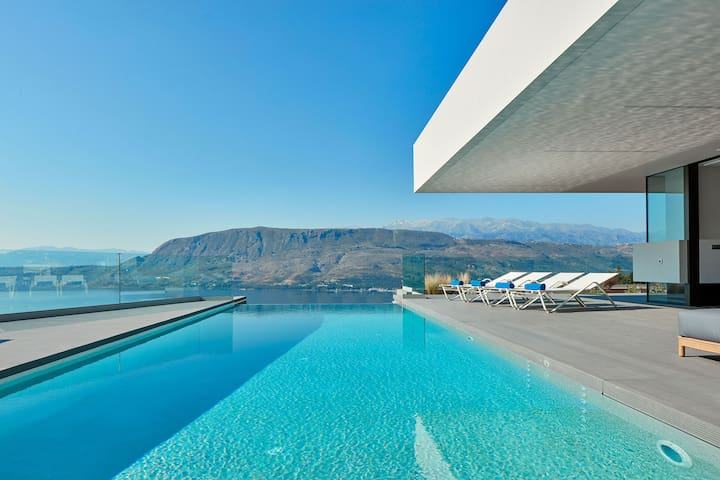 40 sq. m ecological (sea water) infinity swimming pool with exceptional views
