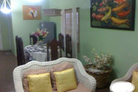 Sunny, Family-Vacation House in Calauan, LAGUNA - Calauan - Haus