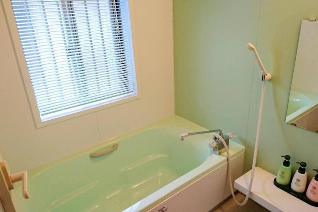 専用風呂は、別棟にございます。