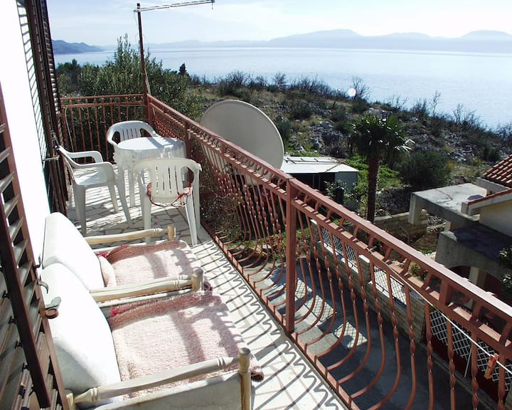 Two bedroom apartment with terrace and sea view Podaca, Makarska (A-315-b)