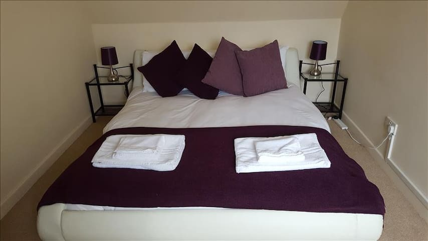 ServicedLets: Walkers Court - Cirencester - Appartement