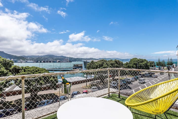 Stylish pad is Bach on the Bay