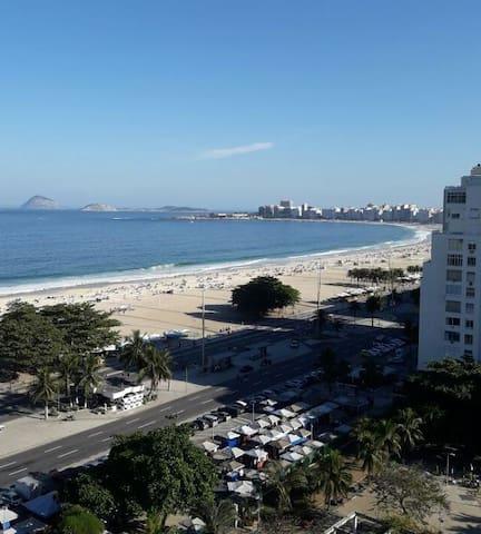 Rua Belford Roxo em Copacabana