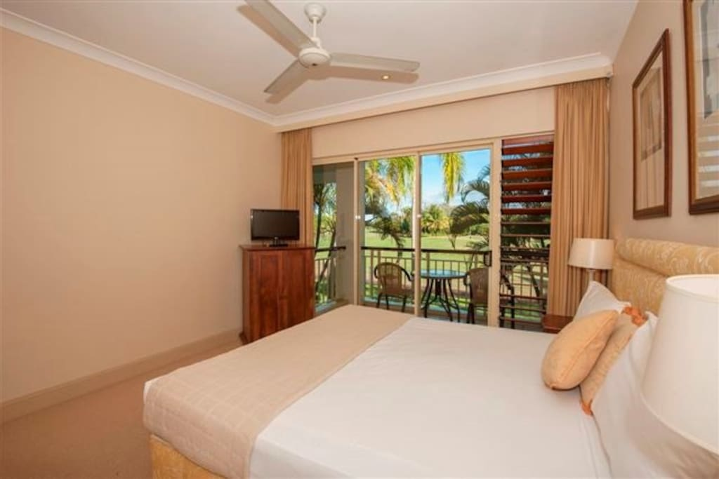 Master Bedroom with ensuite & golf course views