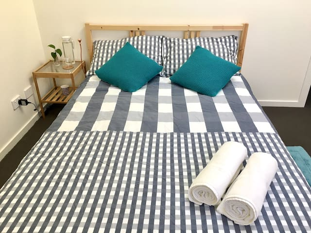 Lovely and spacious room in West Footscray - West Footscray - Wohnung