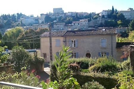 Petit Paradis à Vaison la romaine - Vaison-la-Romaine - Lejlighed