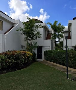 South Coast Golf and Pool Apartment - Bridgetown - Apartment