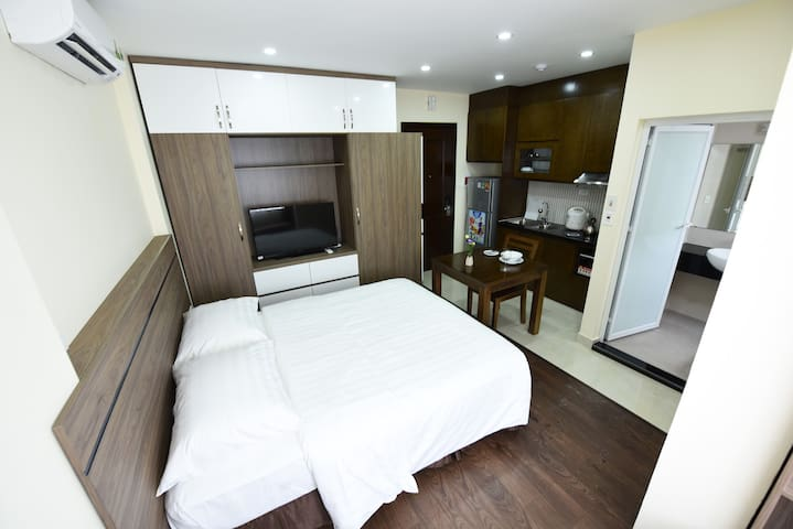 Brilliant Studio close to City Centre ☆☆☆ - Xuân La - Apartemen