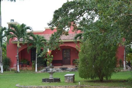 Quinta Las Ceibas - Cancún - Natur-Lodge