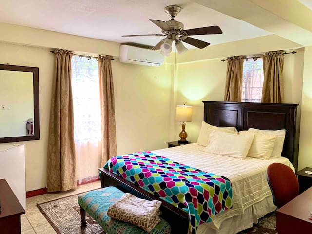 Enjoy a Private Guest Room in the City (with A/C)