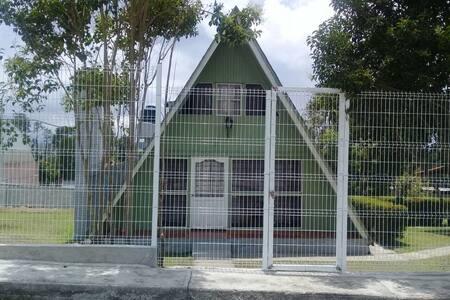 Cálida y Acogedora Cabaña en La Presa, V.Victoria