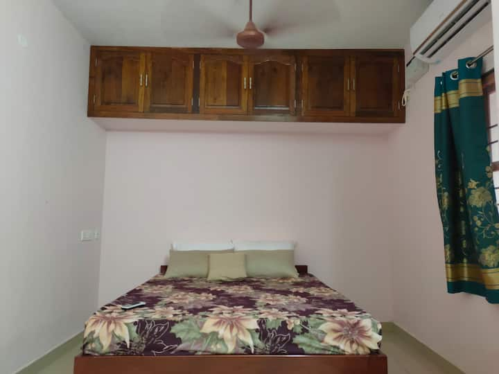 Le Ravika Superior holiday beach view guest house