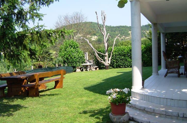 Cute suite garden & pool