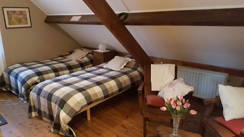 3 nice rooms in cosy and quiet rural house.
