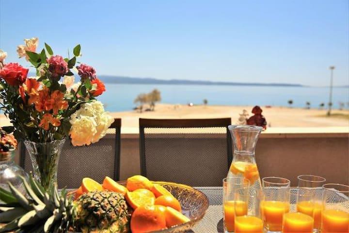 Apartment Lucita with amazing sea view