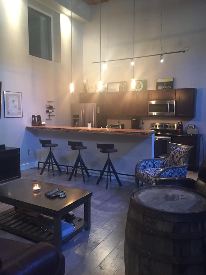 RNC Luxury 2 Bedroom Loft