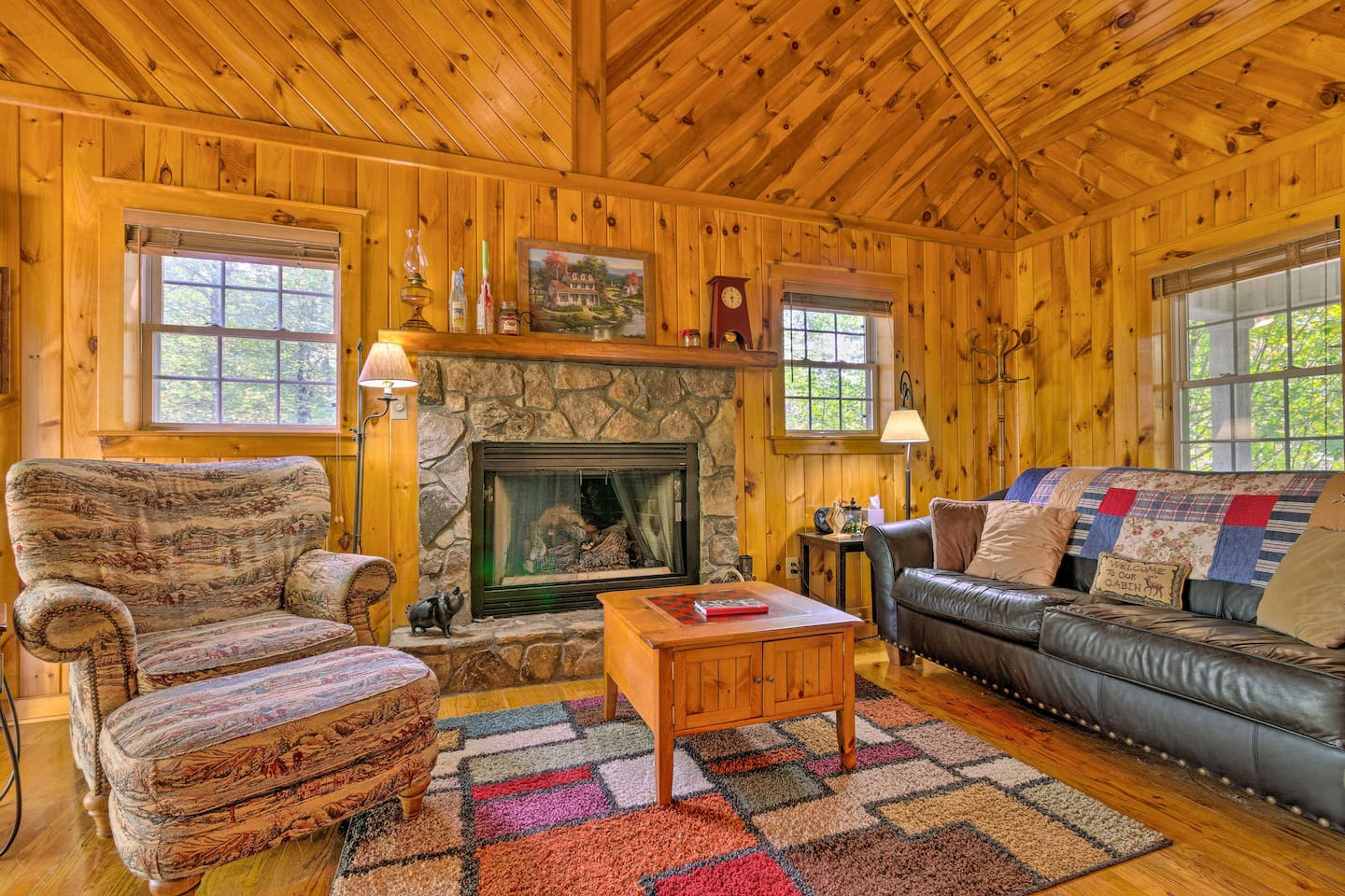 Make this cozy cabin your next North Carolina home base!