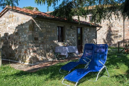 Cute little country house inToscany close Florence - San Casciano in Val di Pesa