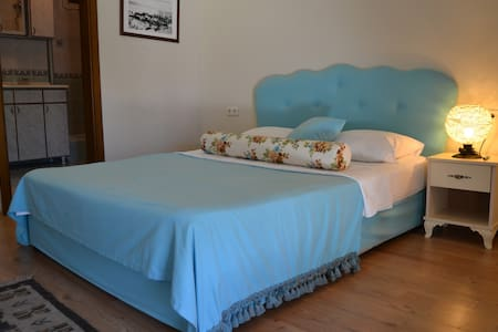 Cozy room at the heart of the Cunda Island - Ayvalık