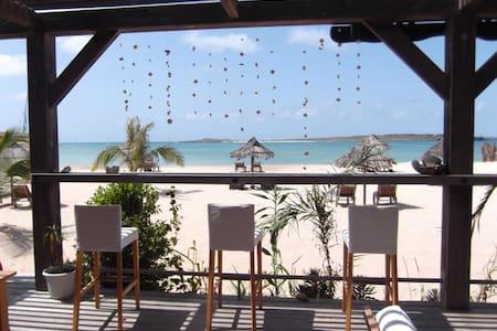 Spacious Seafront Luxury 2xDble bed + 2xBath Apt. - Sal Rei - Apartamento