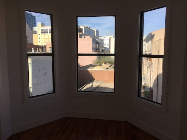 shared room in coliving house/SoMa/SF DownTown