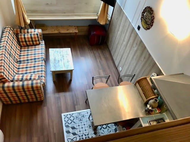 New Mini Loft for Tourist student  people in love