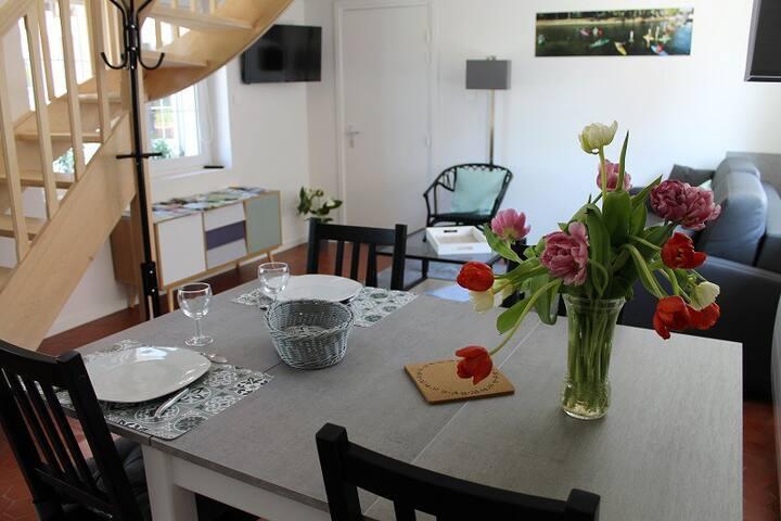 Gîtes du Frêne - Blanche (1 chambre et canapé-lit)