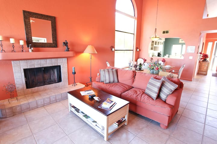 Lovely 2BR Borrego Springs Townhome - Borrego Springs - Radhus