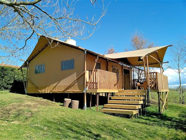 Luxury Lodge sur pilotis vue Pyrénées dans camping