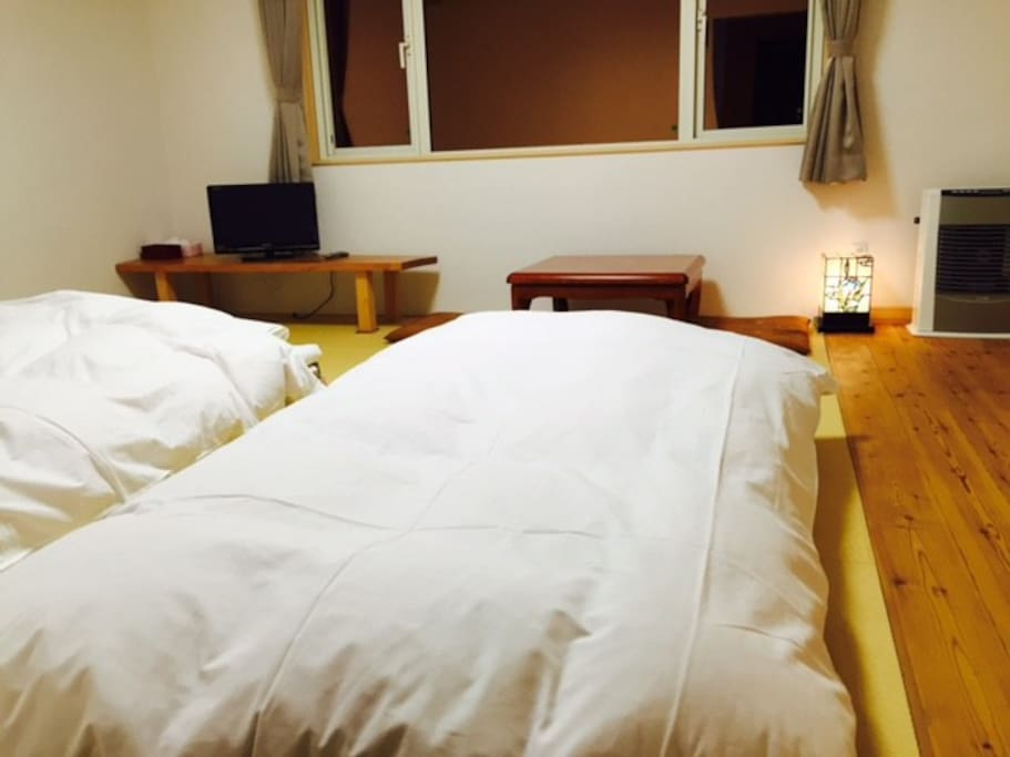 Japanese tatami room is flexible. Fit for 2 adults + 1 adult or 2 Kids