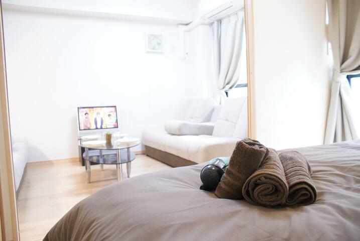 Direct to KIX Free WIFI+5Beds for 10Pax at Tennoji - Tennōji-ku, Ōsaka-shi - Apartment