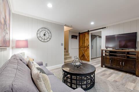 Modern farmhouse retreat, private living, bed/bath
