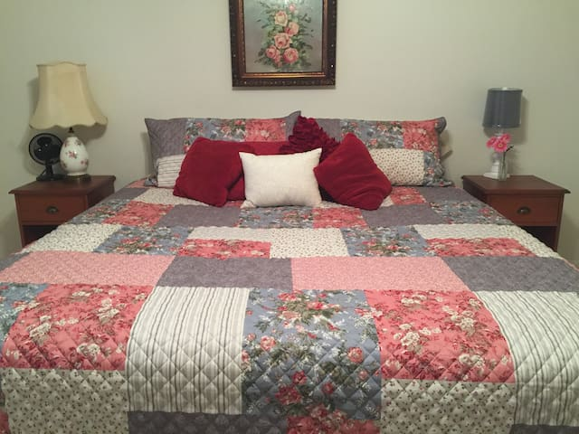 All three bedrooms are spacious and comfortable.  Like the master bedroom this bedroom has a king size bed.