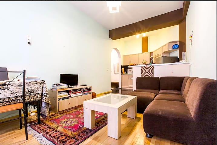 Cozy apartment in the heart of Tbilisi - Tbilisi - Lejlighed