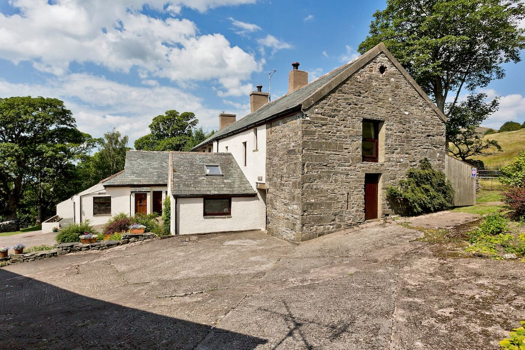 High Swinside Cottage is perched on a hillside overlooking the Vale of Lorton.