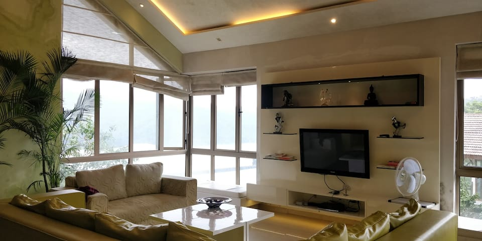 4 BHK Luxurious Villa with home made Luscious food