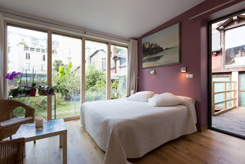 grande chambre en centre ville maisons louer rennes bretagne france. Black Bedroom Furniture Sets. Home Design Ideas