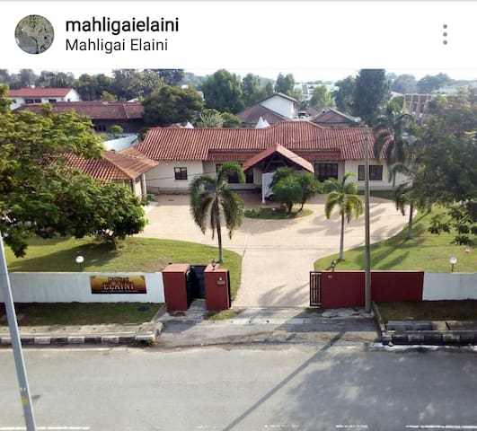 Mahligai Elaini (Homestay & Event location) - Ipoh - Appartement