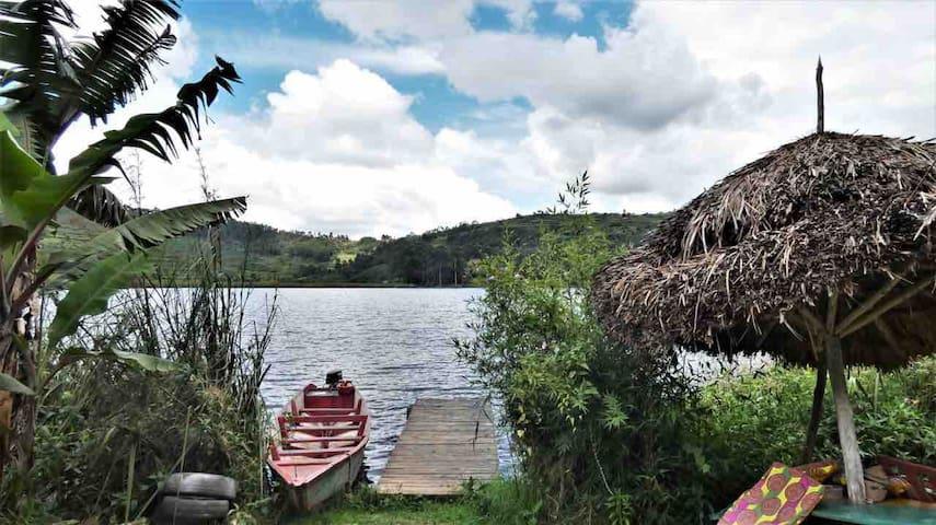 Little Zanzibar Lake Bunyonyi
