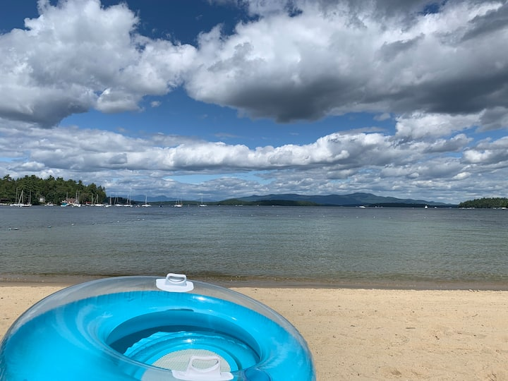 Beautiful Condo at Lake Winnipesaukee