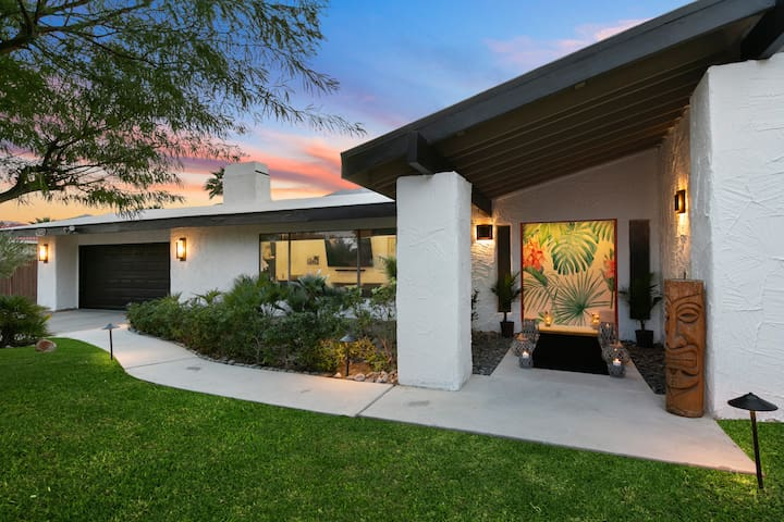 The Colony Enclave - #1 Hideaway in Palm Springs