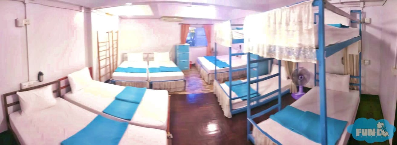 Private Room For 10 Person