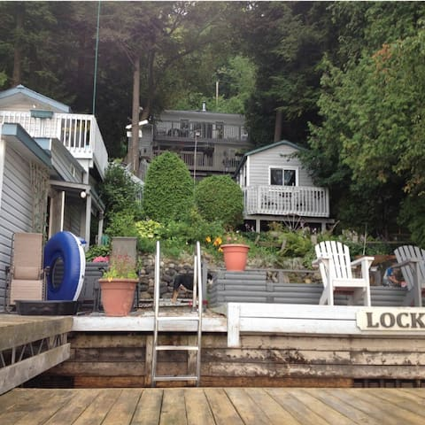 Lockhart Lakehouse, Rice Lake - Roseneath - Stuga