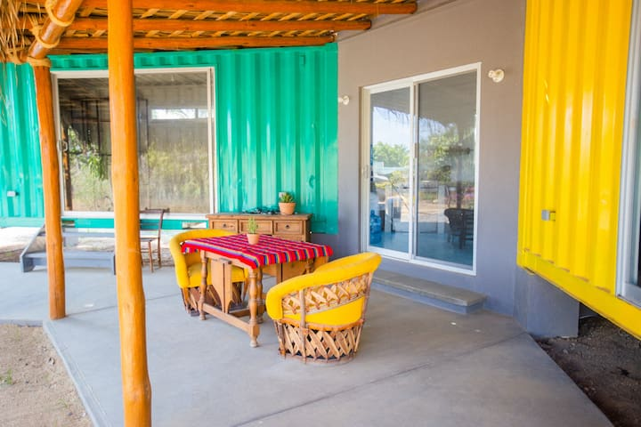 Container Casita—walk to downtown Todos Santos