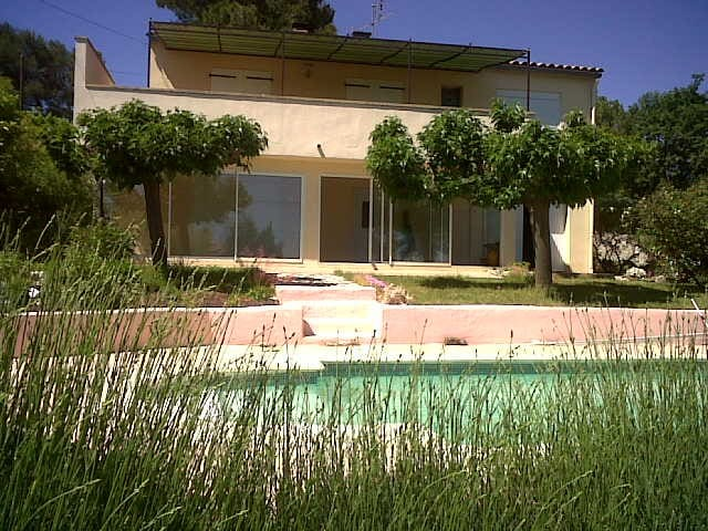 Maison avec piscine ,   étage entier ou chambre - Sauzet