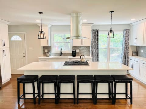 Modern Luxury in Downtown Downers Grove